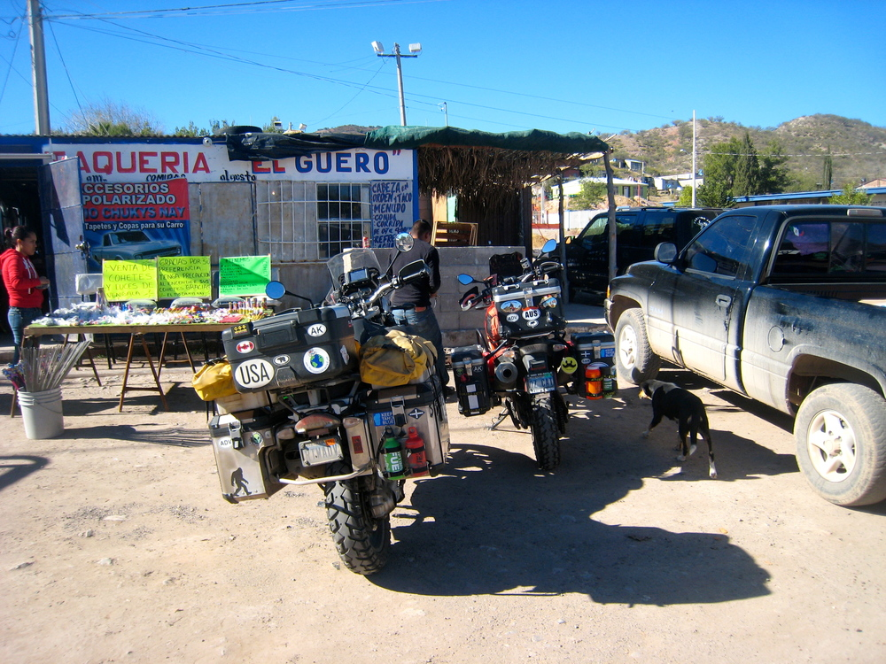 Stopping for lunch inNacozari de Garcia