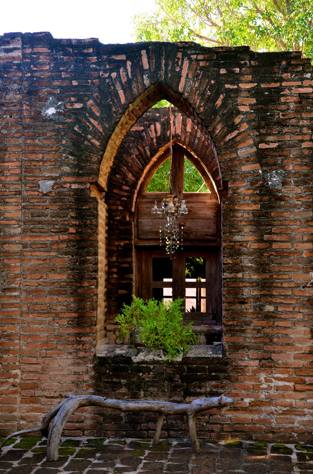 Awesome inside ruins