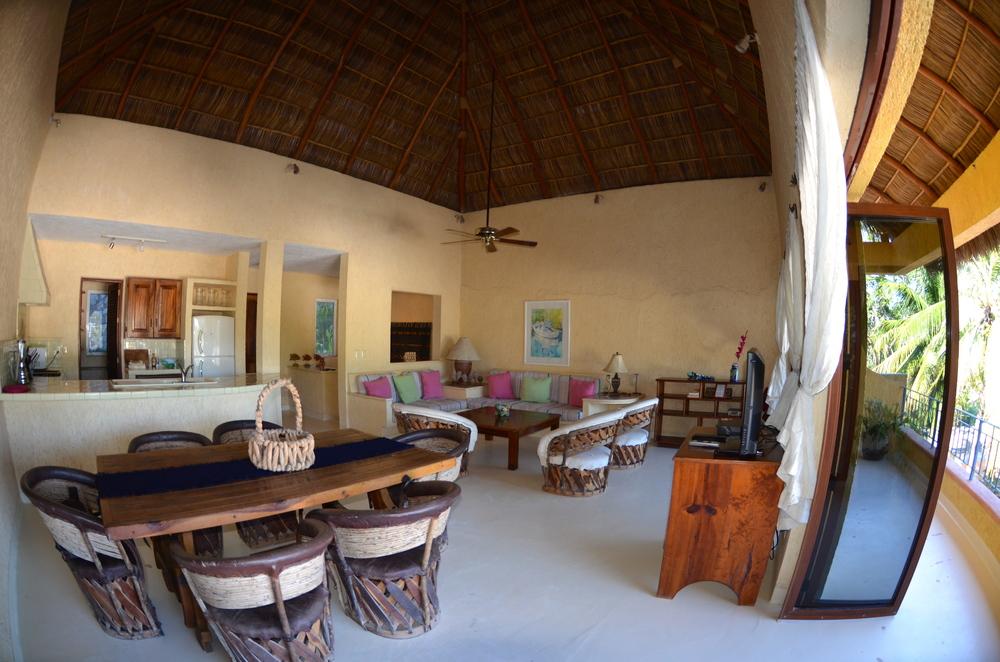 Kitchen, dining room, living room and balcony….Cocina, comedor, sala de estar y un balcón