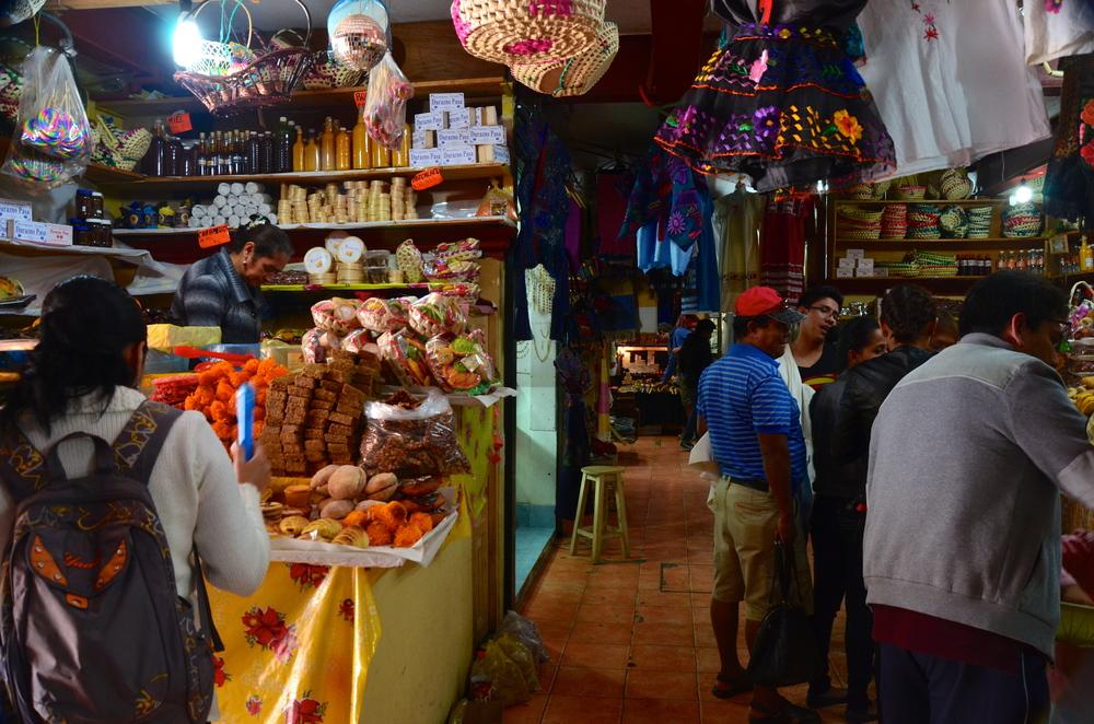 Indoor artesian market.