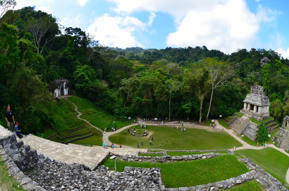Standing at the Templo De La Cruz, to the right the Templo Del Sol, and left Templo De La Cruz Foliada