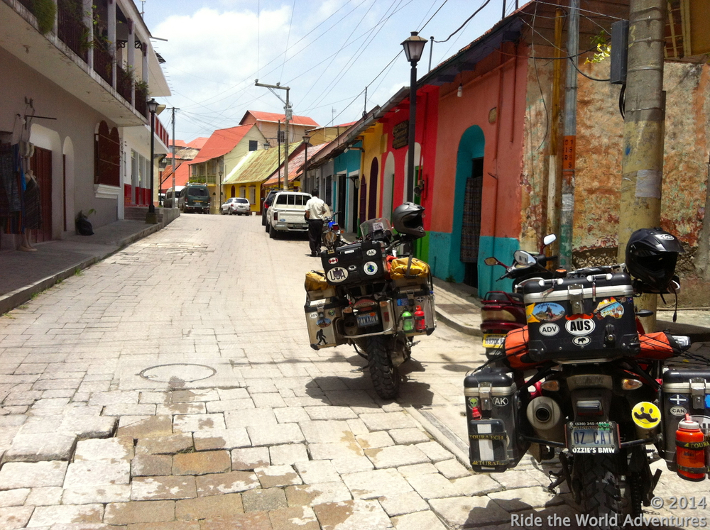 The streets of Flores…trying to figure out where our first choice in Hotels is located and how to get around to it!