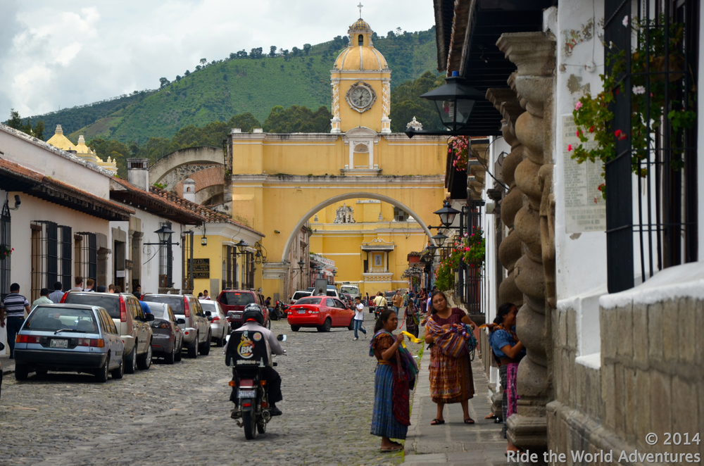 Charming streets of La Antigua…Santa Catalina Arch