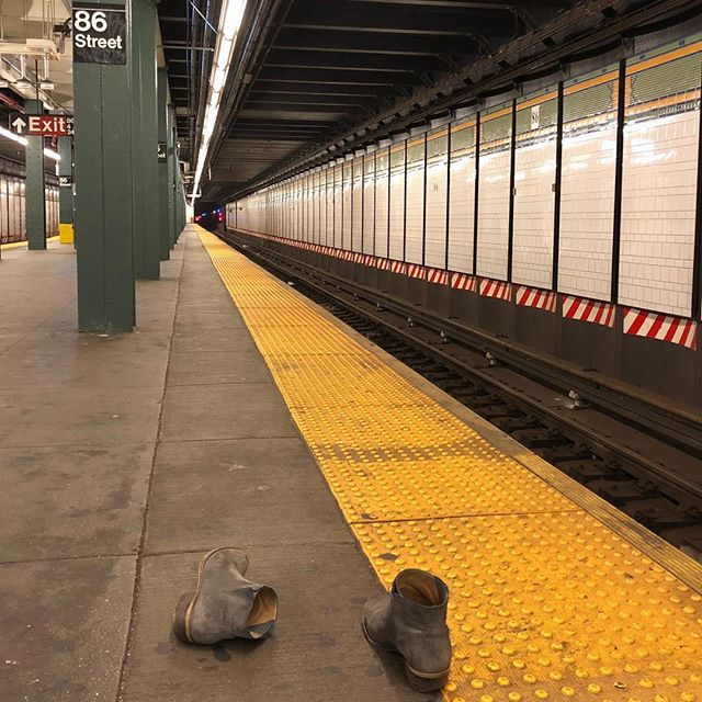 I don't know what the story here is, but I wish I did. #mystery #subway