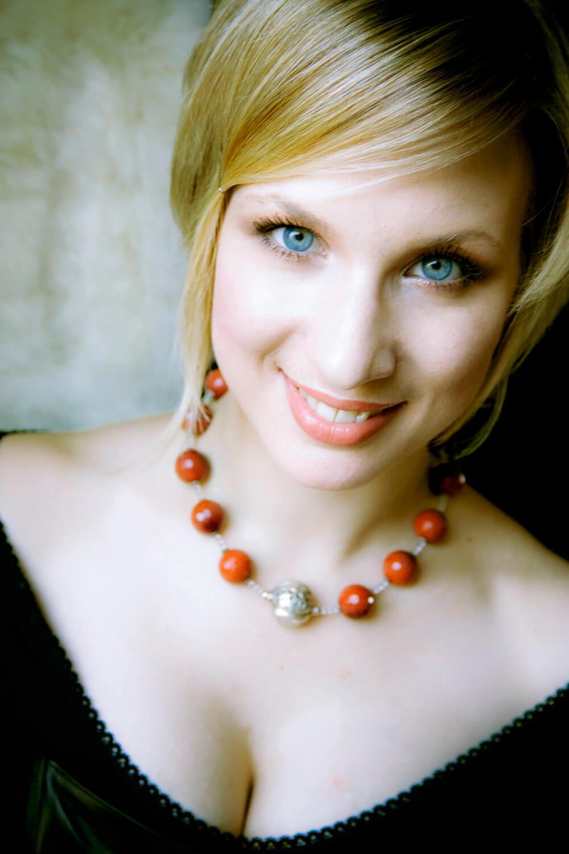 Lara Ciekiewicz, sporano