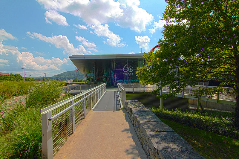 Entrance to Corning Museum of Glass