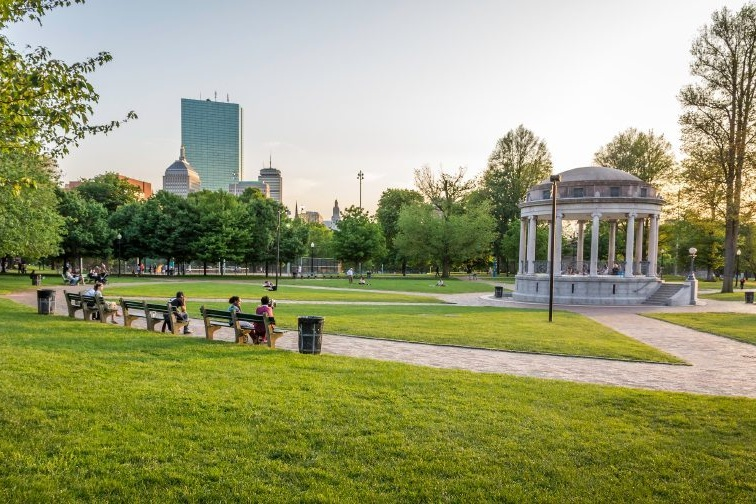 Boston-000060701660_Small.jpg