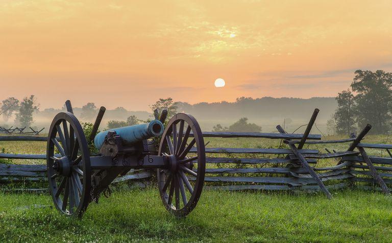 gettysburg-battlefield-56a6ee263df78cf772910557.jpg
