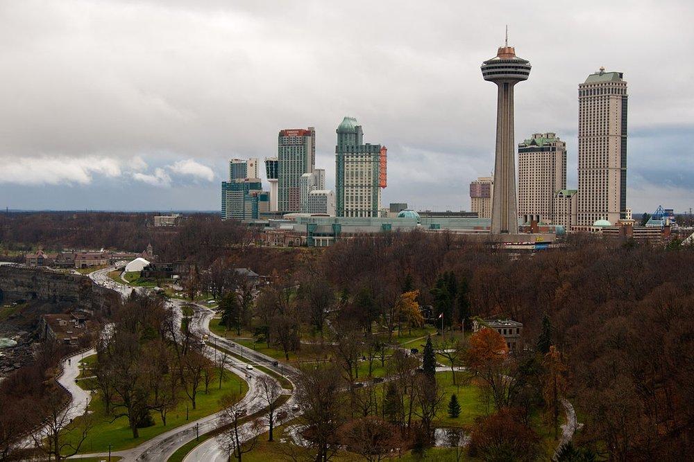 1200px-Niagara_Falls_Skyline.jpg