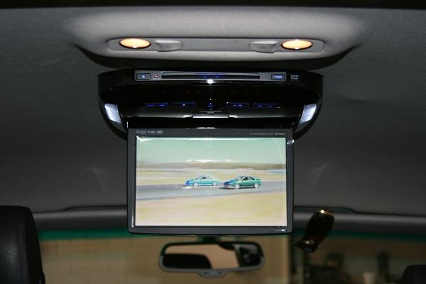 Mercedes E350 by Automotive Integration.