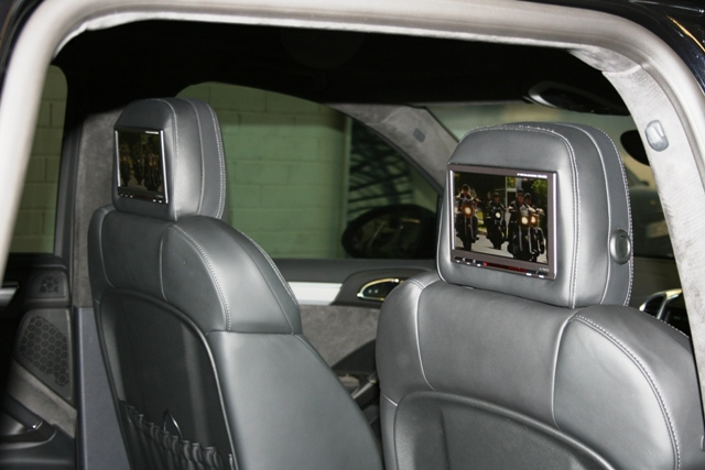 porsche cayenne rear seat entertainment from automotive. Black Bedroom Furniture Sets. Home Design Ideas