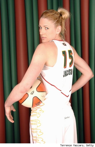 lauren-jackson-wnba-ladies.jpg