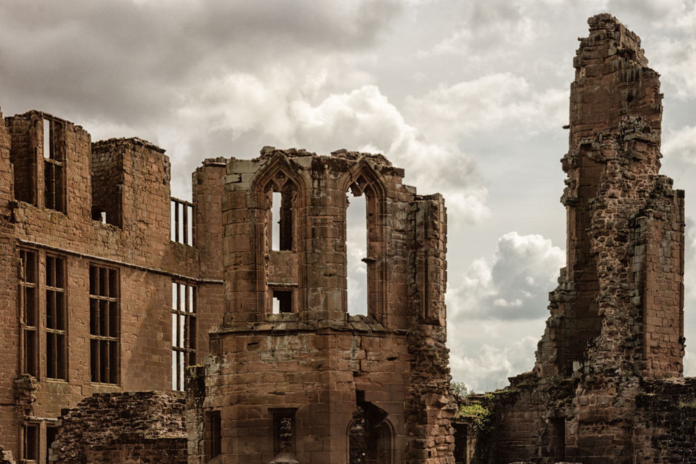 Kenilworth Ruins - Colour