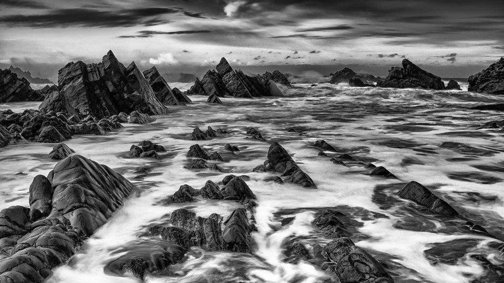 atlantic ruins - hartland.JPG