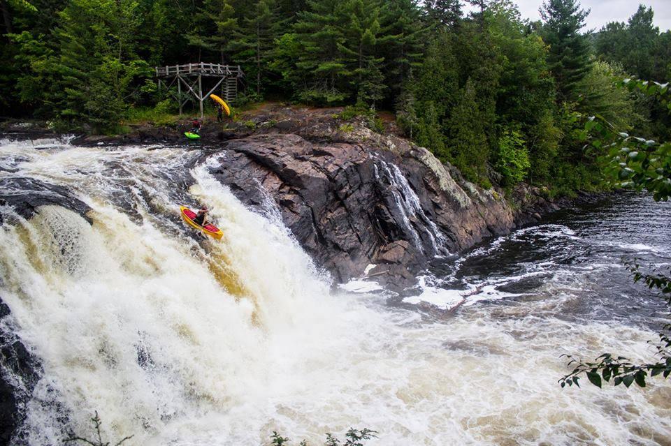 Philippe Morin -Du loup river, baluchon section, Québec