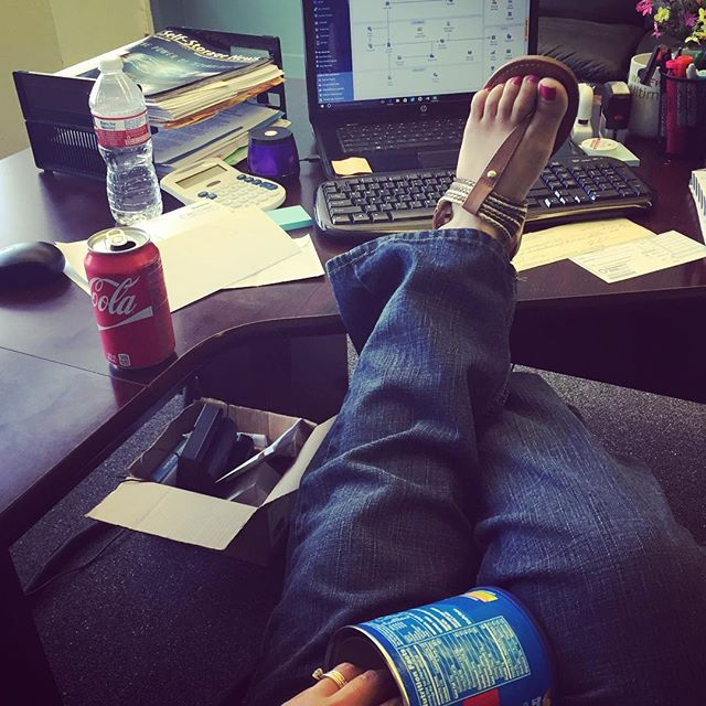 Nora Jones play list, a soda and peanuts. Ways I avoid work.