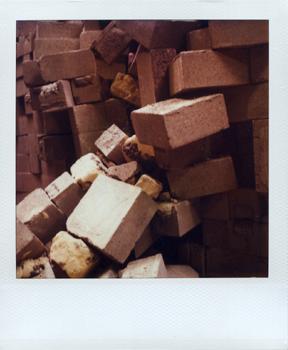 Polaroid_SX70_XczL84_05.jpg