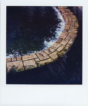 Polaroid_SX70_XczL84_13.jpg
