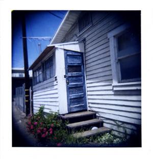 Polaroid_12_holga_door.jpg.jpg