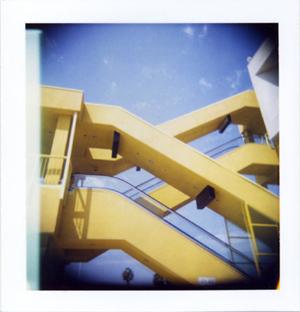 Polaroid_14_holga_ikea.jpg.jpg