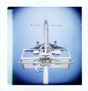 Polaroid_16_holga_jet.jpg.jpg