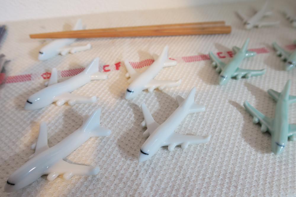 Tsubame House - Airplane Chopstick Holders