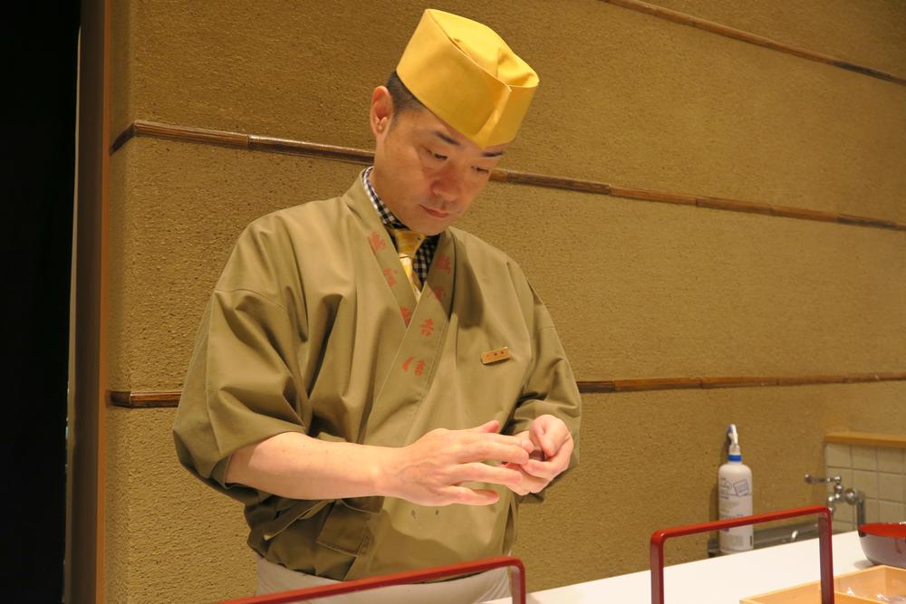 Tsuruya Yoshinobu  鶴屋吉信