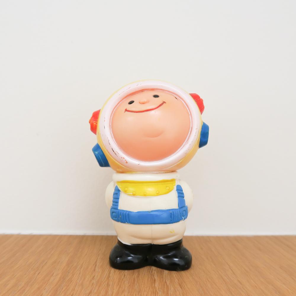 "Maru-chan Astronaut (マルちゃん宇宙飛行士)1960~ Yokohama Bank はまぎん (横浜銀行) 3.9"" Tall (100mm)"