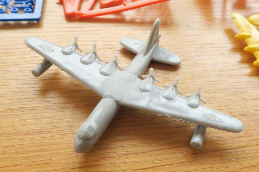 B36 Toy Model 02