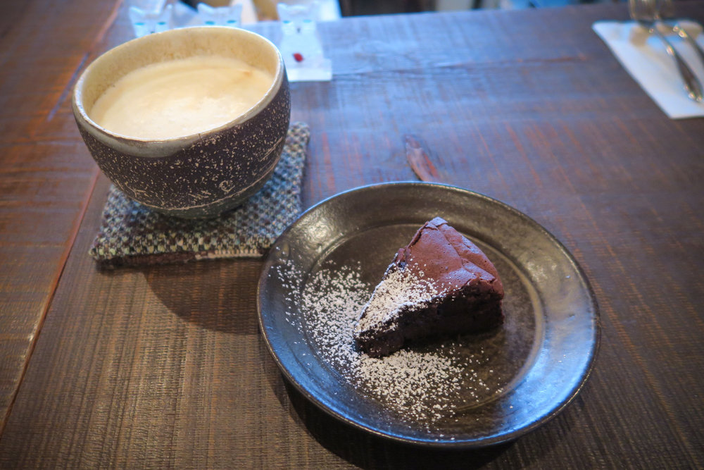 Cafe-CQT-05.jpg