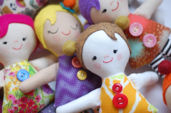Simple Dolls for Operation Christmas Child Boxes