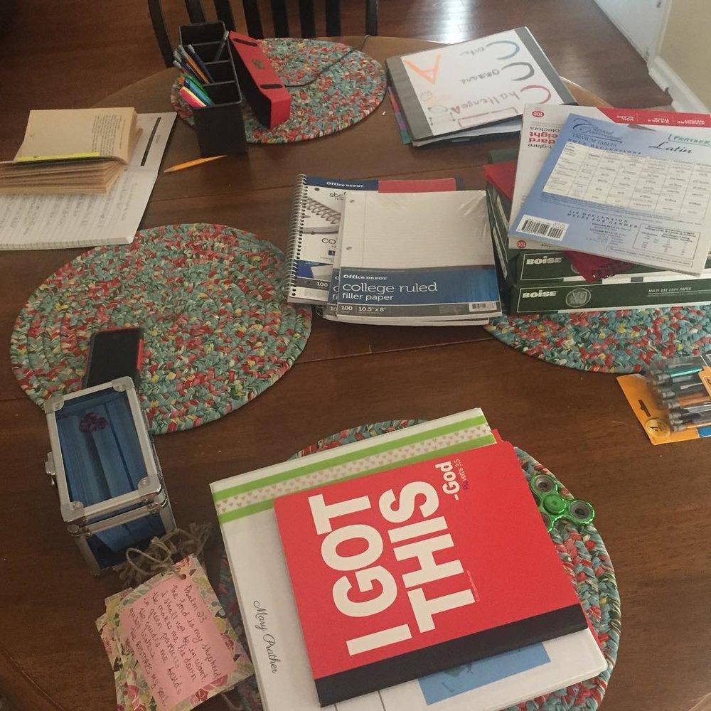 5 Ways to Encourage a #Homeschool Mom