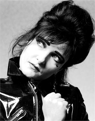 Siouxsie Lone Shot.jpg