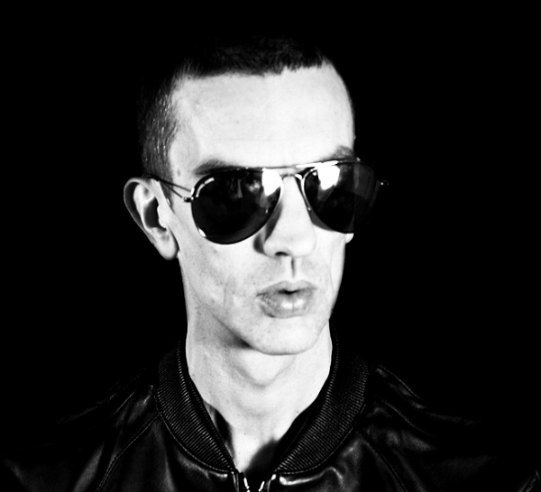 Richard Ashcroft.jpg.pagespeed.ic.Rz1Q0BTRwR.jpg