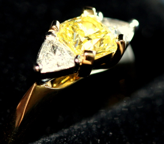 yellowdiamondring2.jpg