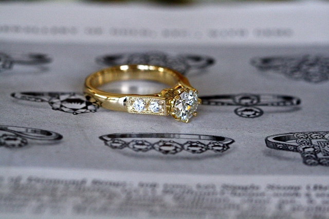 Diamond_8claw_Engagement_ring_1.jpg