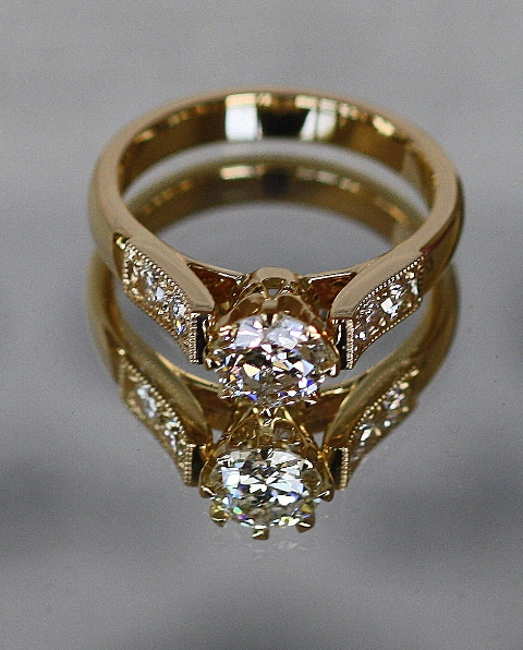 Dating ring in Brisbane