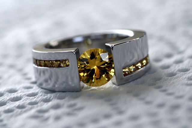 Yellow_sapphire_white_gold_ring-9.jpg