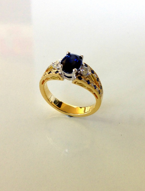 Sapphire_Diamond_eternity_ring-2.jpg