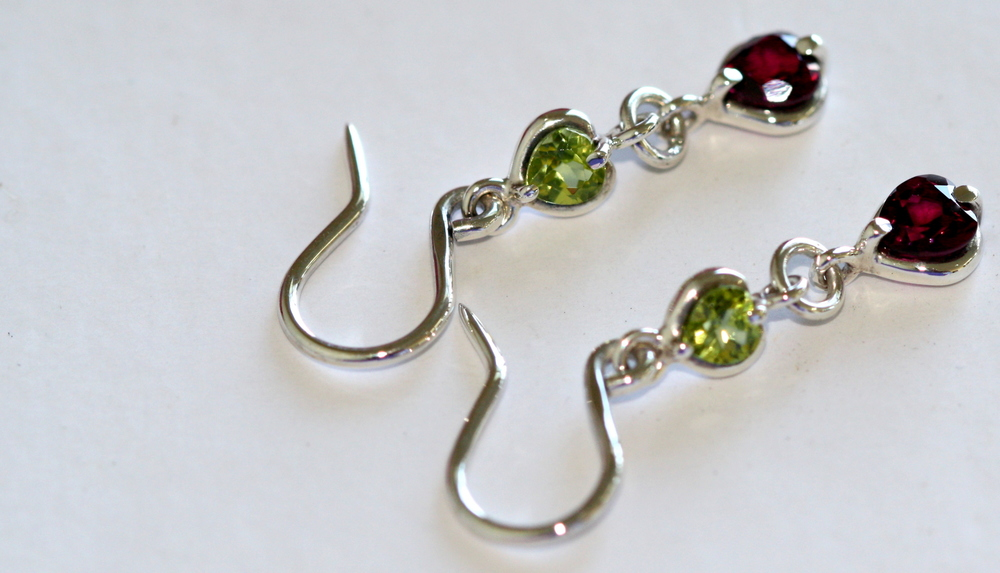 silverperidotearrings3.jpg