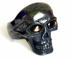 SkullRing1 20-04-2011 12-59-44 PM.JPG