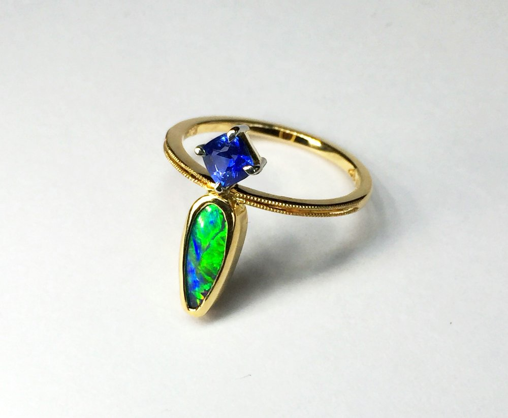 Sapphire and Opal 18ct Gold dainty ring 6.jpg