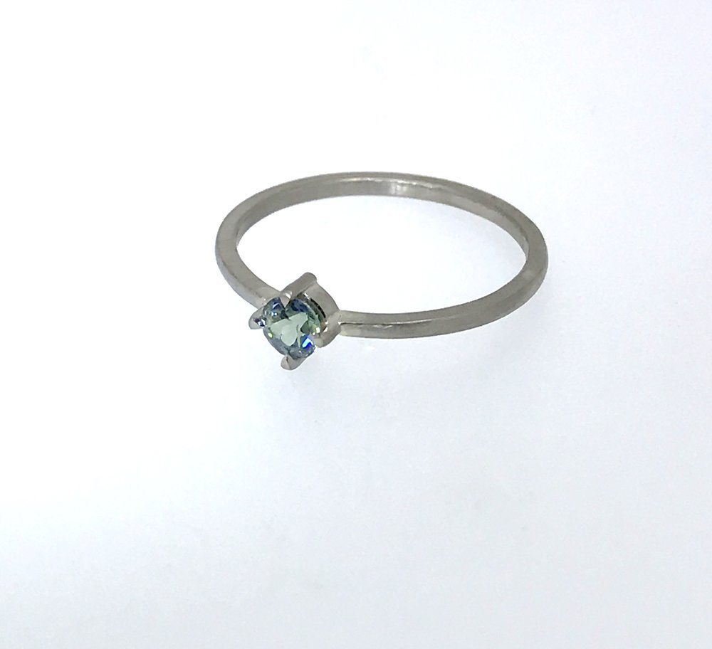 Sapphire Solitaire White Gold 11.jpg