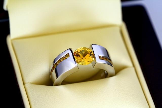 Yellow_sapphire_white_gold_ring-11.jpg