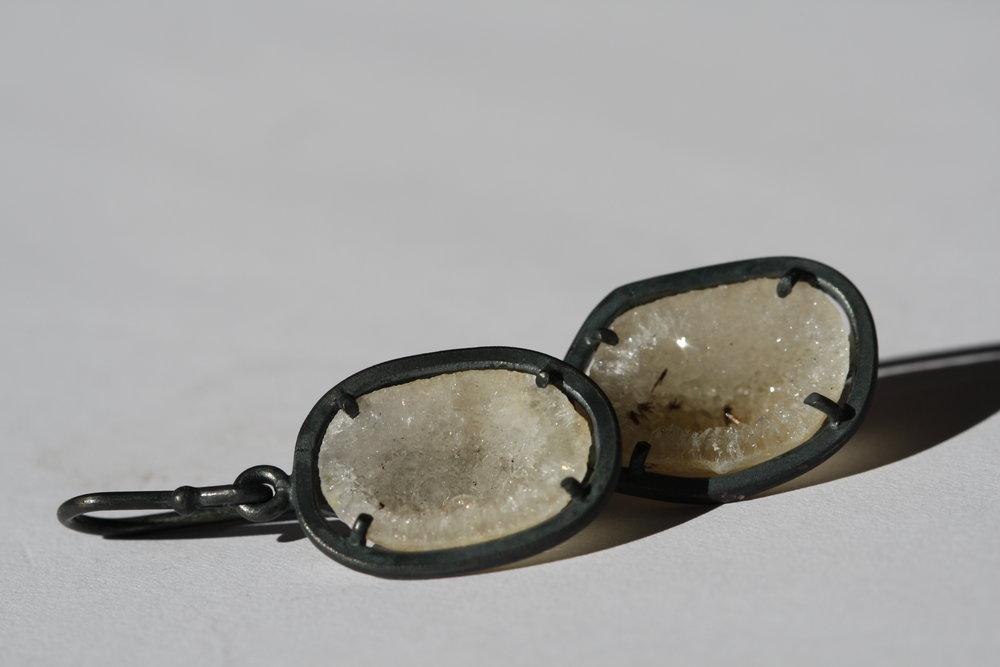 Agate Geode Oxidized silver drop (6).JPG