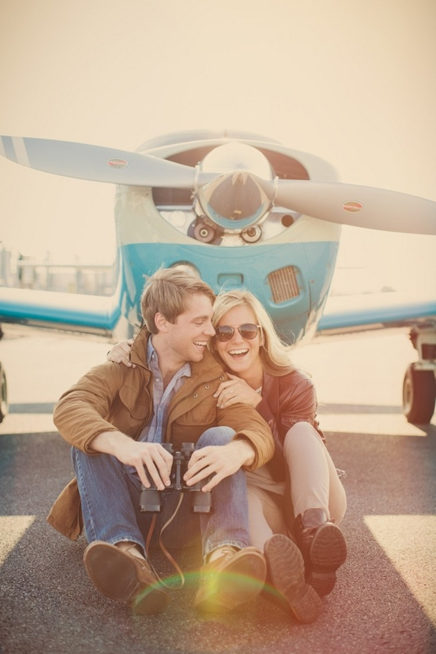 Travel-Themed-Engagement-Shoot-by-Lauren-Fair-Photography-via-Bridal-Musings17.jpg