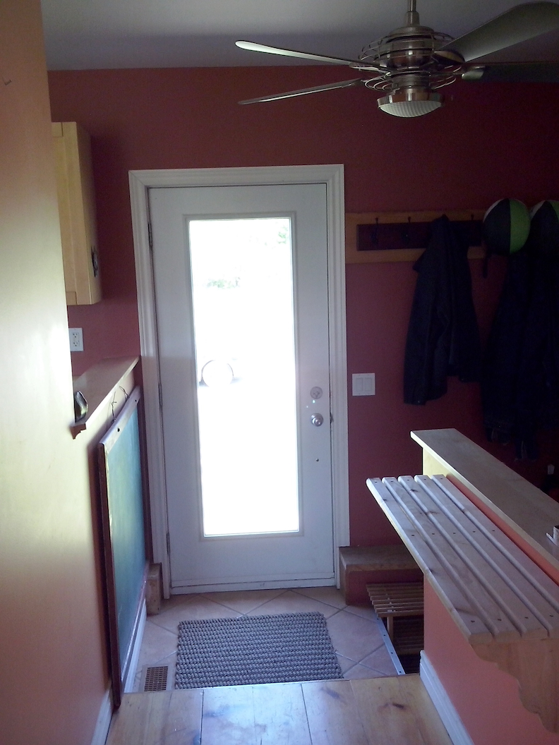 Entry (kitchen to left, stairs to basement to right)
