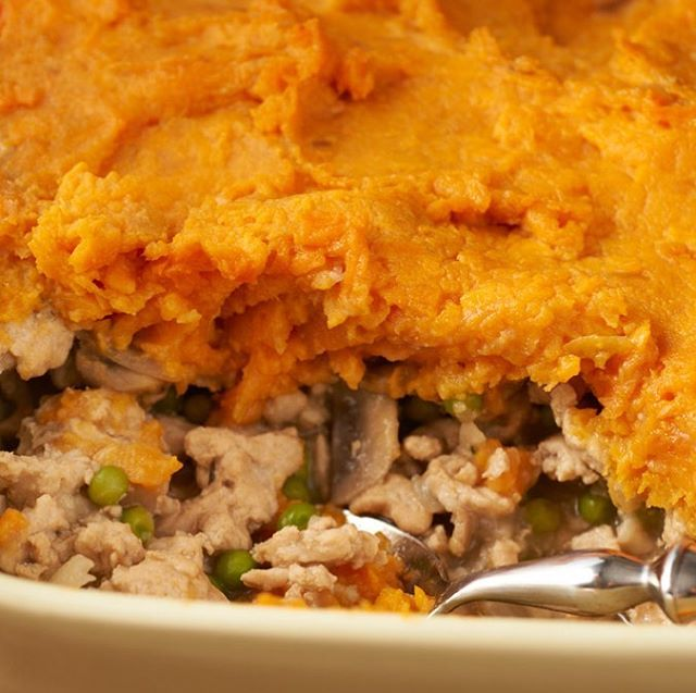Just because St. Patty's is over doesn't mean the food fun is over! Check out our Sweet Potato Shepherd's Pie recipe to keep the luck going! 🍀 Visit cookingmatters.org to find the recipe! #southmemphisfarmersmarket #nokidhungry #southmemphis #memphis #cookingmattersnational #cookingmatters #cooking #healthylifestyle #familyhealth #nationalnutritionmonth #eathealthybehappy #eathealthybehealthy