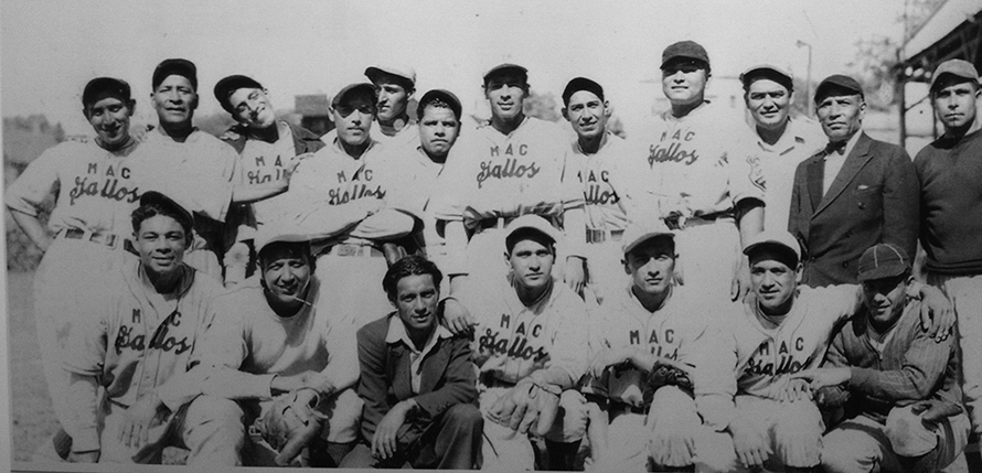The baseball team Los Gallos, East Chicago, Ind. (1940). Image via Indiana Univ.