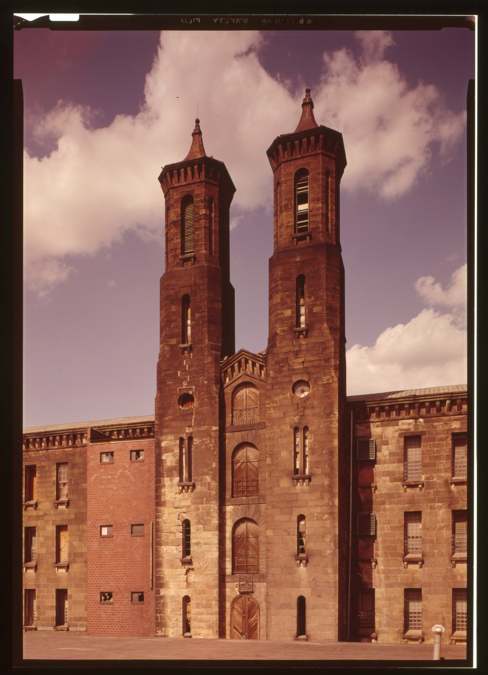 Cannelton Cotton Mill, Front & Fourth Streets, Cannelton, Perry County, Ind. (n.d.) Image via Library of Congress.